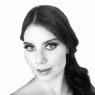 Paola De La Barreda Angon